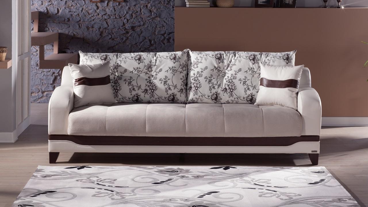 Καθαρίστε αποτελεσματικά τον καναπέ σας