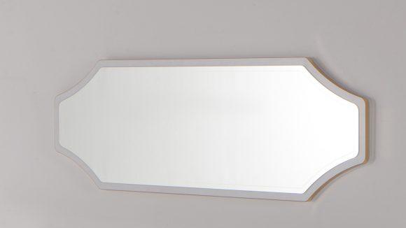 volga-kathreftis-mpoufe-white-01